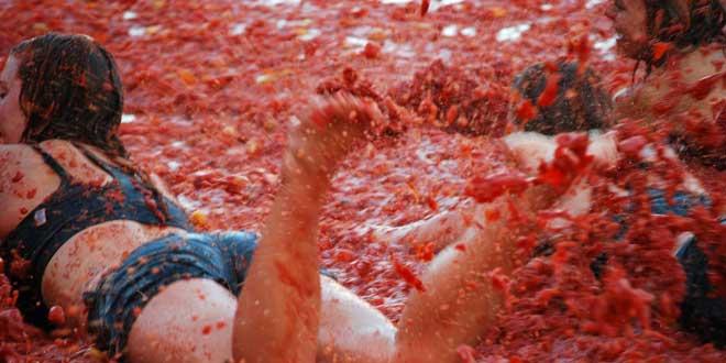 La-tomatina---Buñol