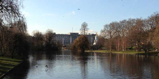 St. James's Park vista del Buckingham Palace