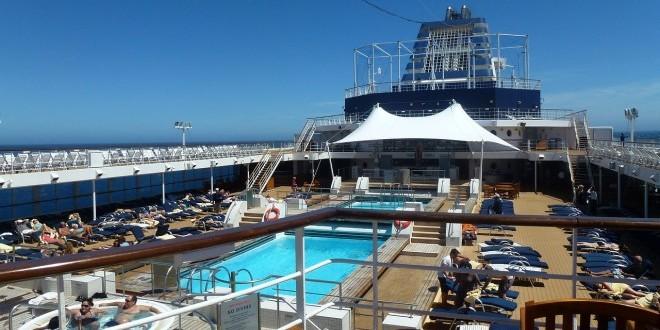 cruise-ship-352939_1280