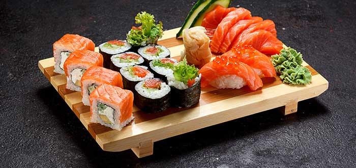Platos tipicos de Japon, Sushi