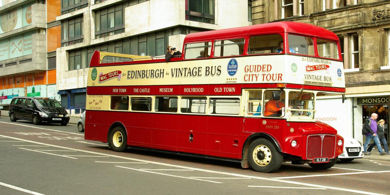 Ventajas de viajar en un bus turístico