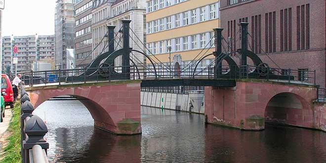 Berlín-Jungfernbrücke
