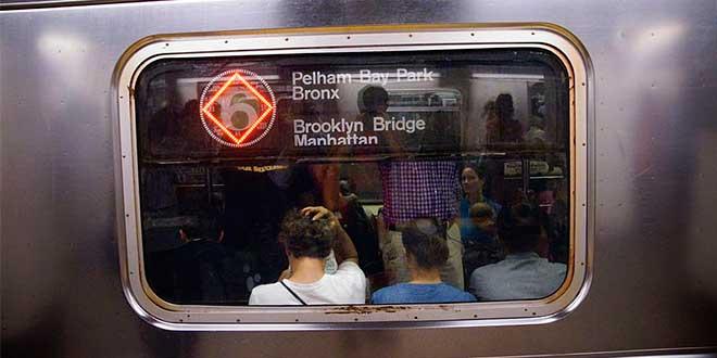 Nueva-York-metro-cartel-en-convoy