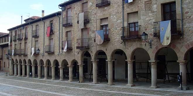 Plaza-Mayor-de-Sigüenza