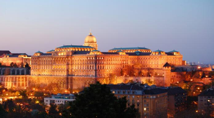 laberinto castillo buda budapest