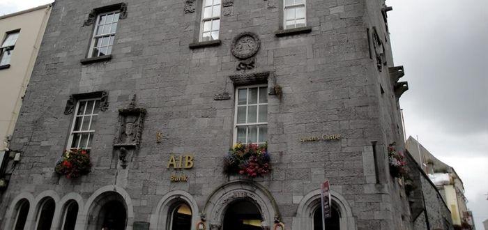 Lynch Castle