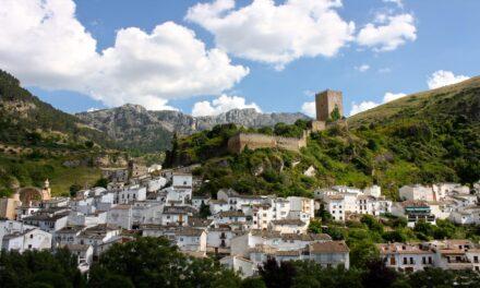 Cazorla: aire puro y castillos