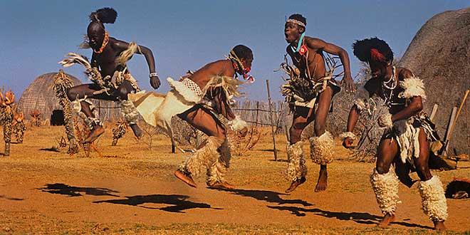 Bailarines-zulúes