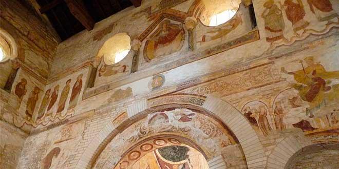 Baptisterio-de-San-Juan-Poitiers
