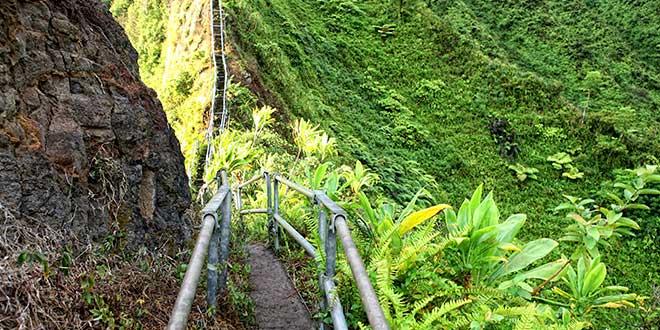 Haiku-Stairs-escalones