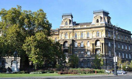 La maravillosa Avenida Andrassy de Budapest