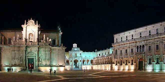 Lecce-Plaza-del-Duomo