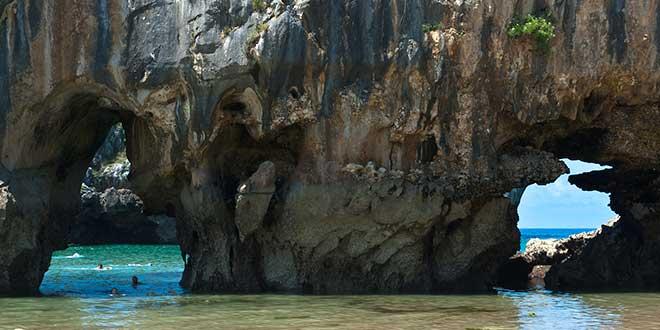 Llanes-playa-Cuevas-del-Mar