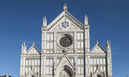 La increíble basílica de Santa Cruz en Florencia