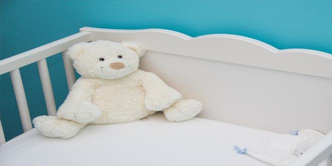 cuna y cama para niño