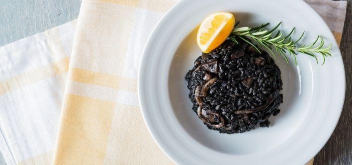 Crni rižot   Comida típica de Croacia