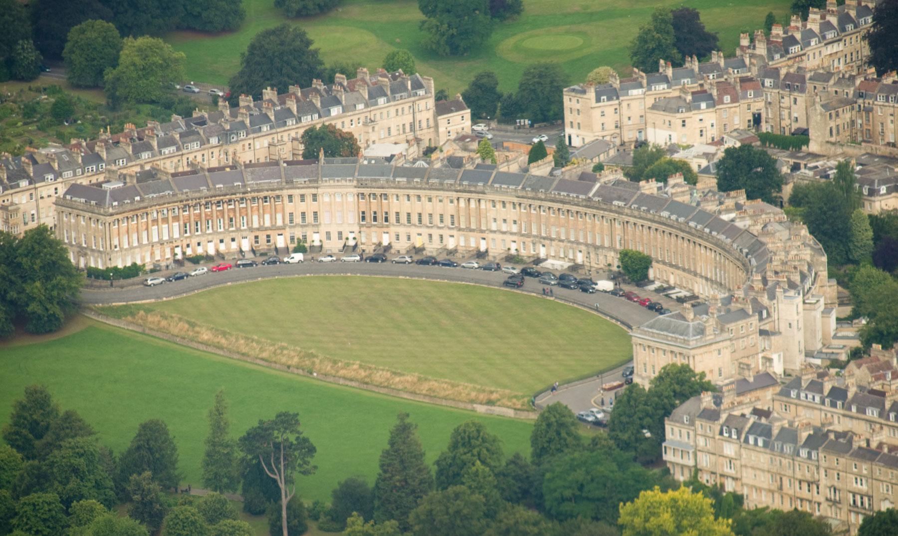 Bath la hist rica ciudad de los ba os termales el - Banos termales madrid ...