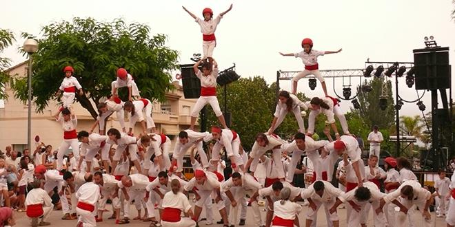 Actuación de falcons en Llorenç de Penedès, Tarragona.