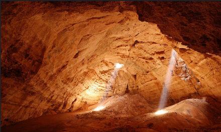 Las asombrosas cuevas subterraneas de Oman