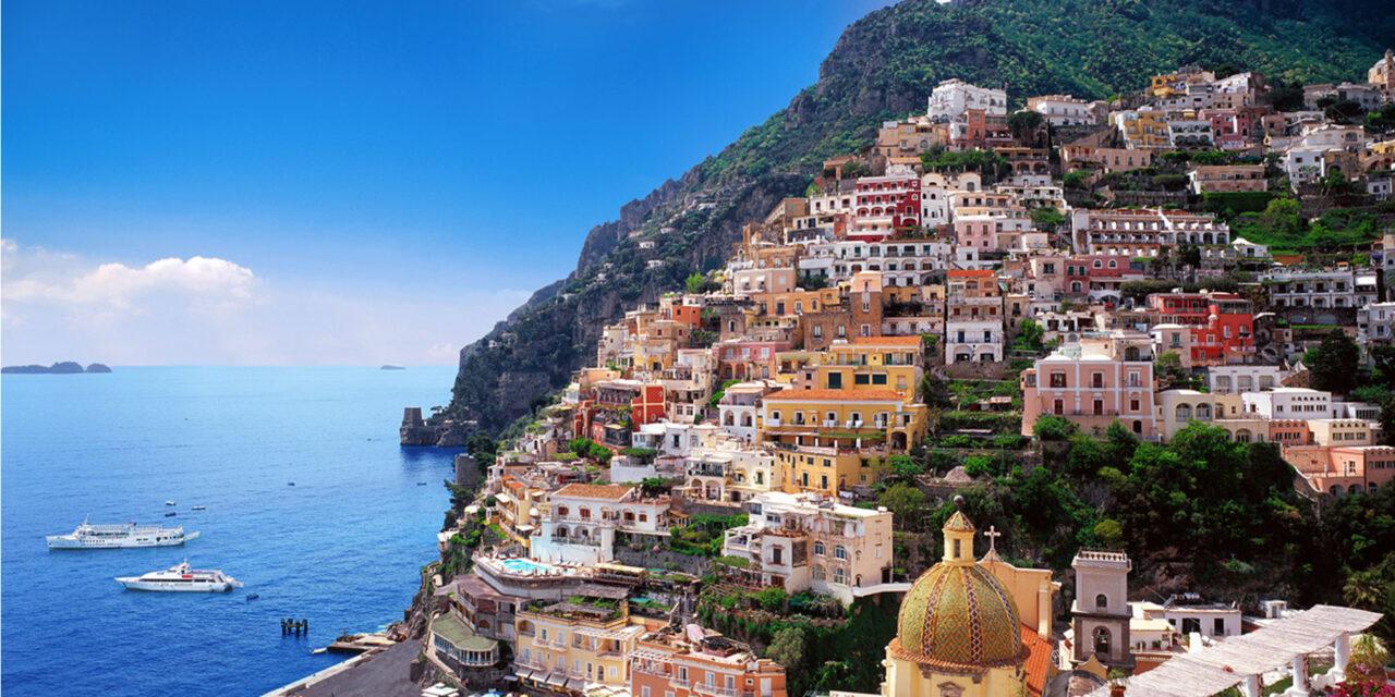 La bellísima costa de Amalfi, Italia