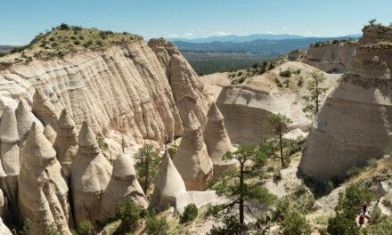 Los impresionantes monumentos naturales de Tent Rocks