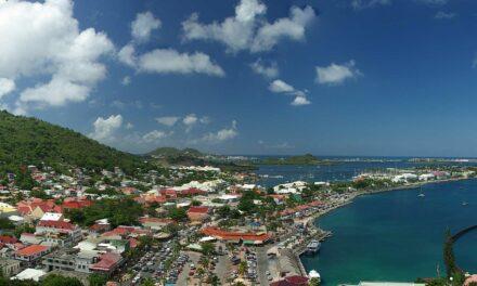 San Martín: Dos culturas, una isla