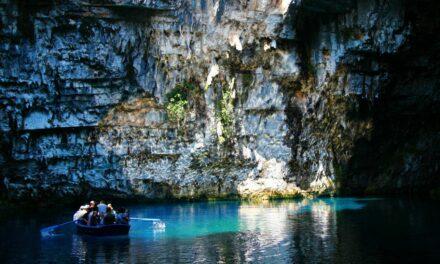 La cueva de Melissani, el hogar de las ninfas