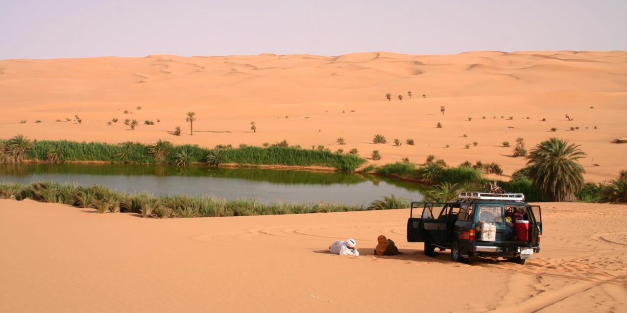 Los Lagos dentro del desierto de Ubari
