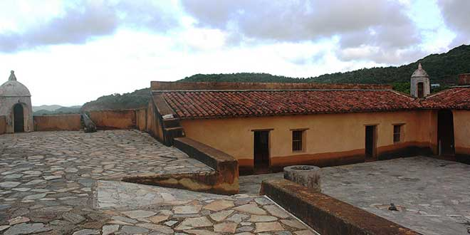 Castillo-Santa-Rosa
