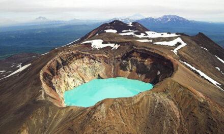 Maly Semyachik, la caldera de Rusia