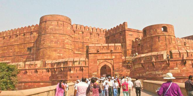 Puerta Amar Singh