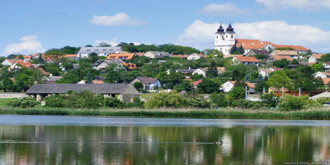 El lago Balatón Hungría