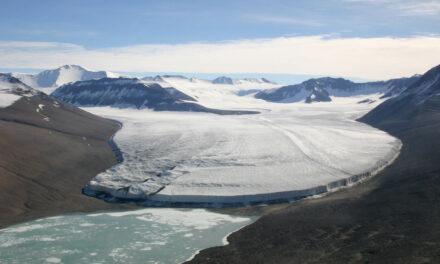 El valle seco Mcmurdo, Antartida