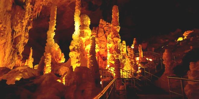 Cuevas de Frasassi