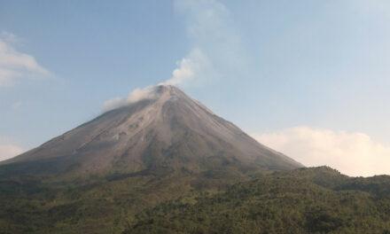 El espectacular Volcán Arenal, en Costa Rica