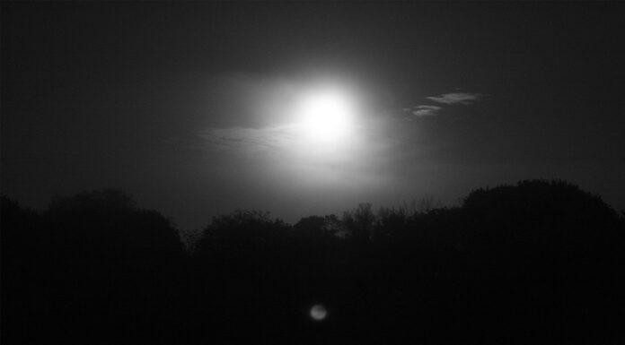 Una Noche de Brujas en Salem