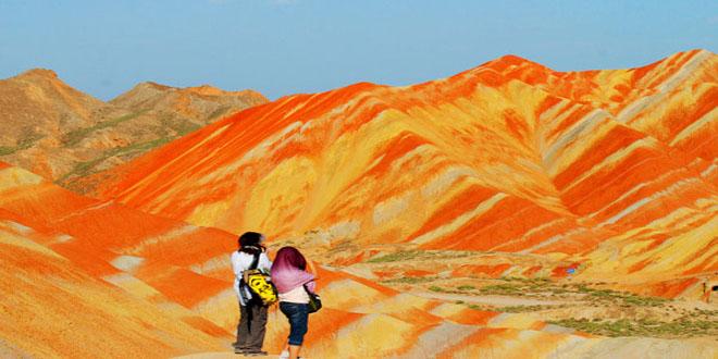 Las montañas de color de Zanghye Danxia en China
