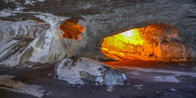 La cueva de Zugarramurdi en Halloween