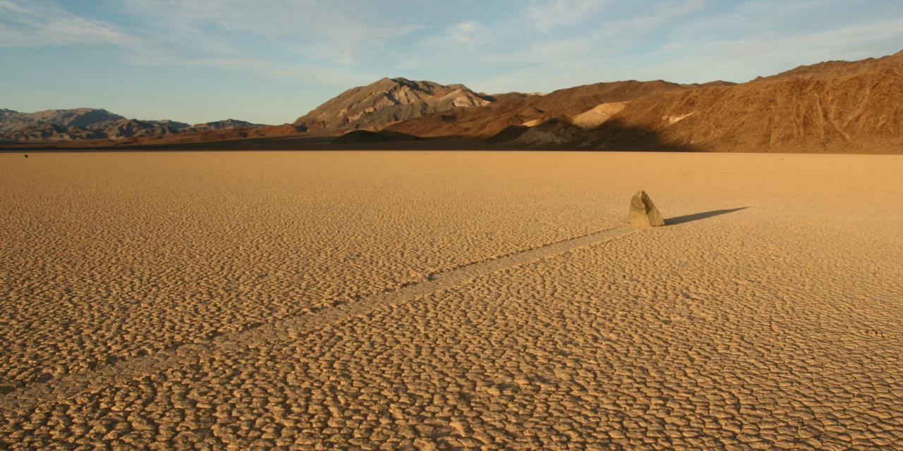 Racetrack Playa, el valle donde las piedras viajan