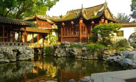 Conoce el tradicional y mágico Jardín Yuyuan