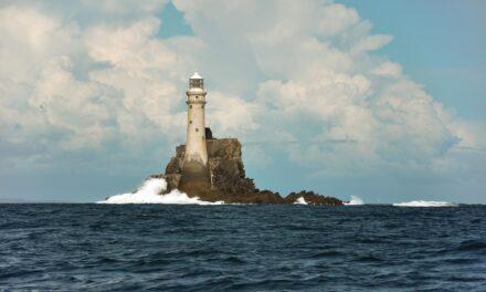 La isla solitaria de Fastnet Rock