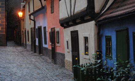 El Callejón de Oro en la bella Praga