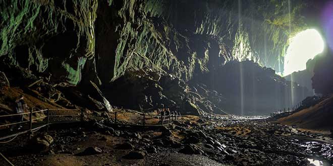 Cueva-en-Gunung-Mulu