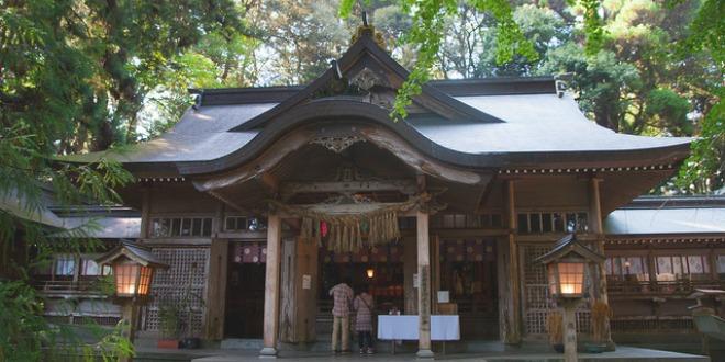 Santuario Takachiho Shrine