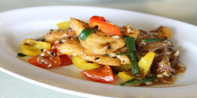 fried-fish-with-sweet-peppers-906248_1920