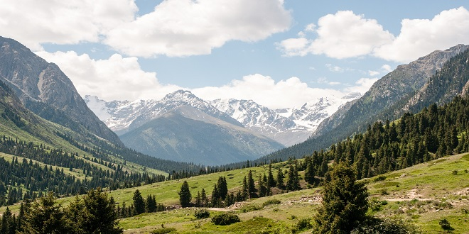 mountains-813413_1920