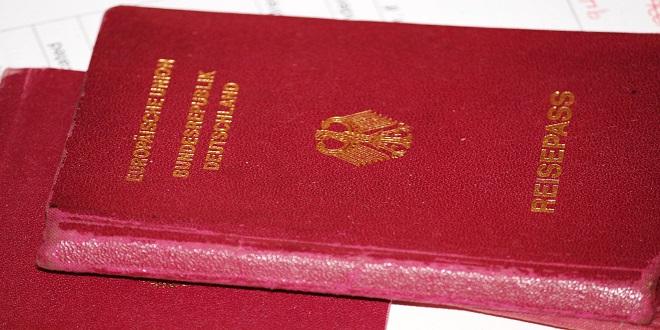 passport-544289_1920