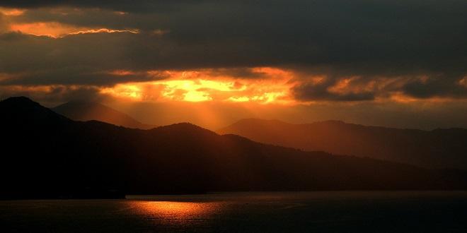 sunset-410133_1920
