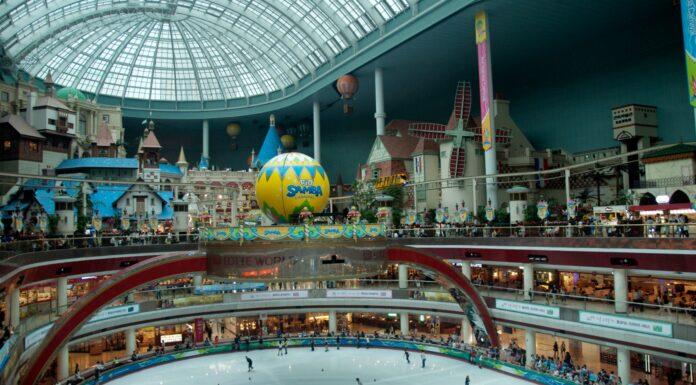Lotte World, el parque temático cubierto más grande del mundo