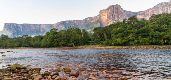 Rio en Canaima